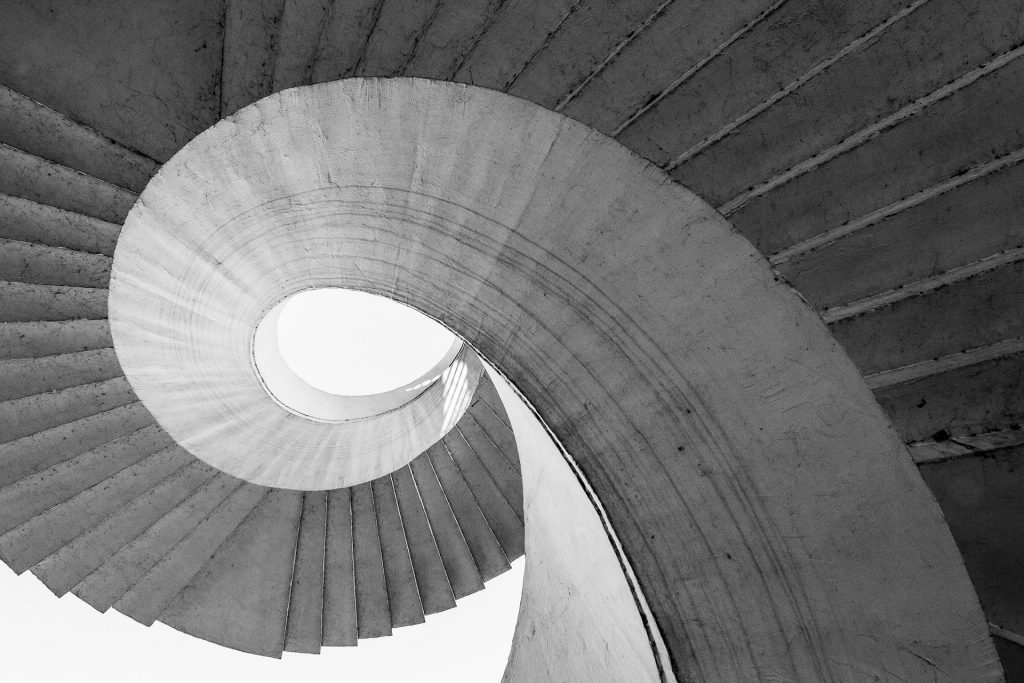 stairs-1636573_1920